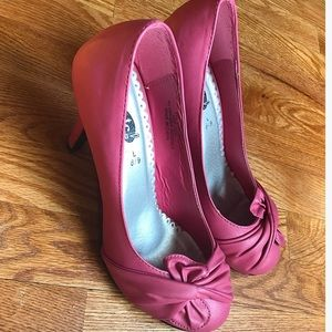 Pink Rue21 Leather Pumps